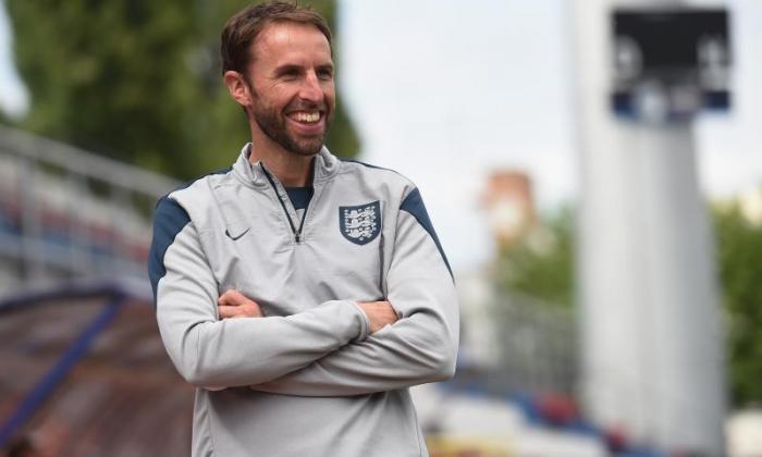 "Gareth Southgate捍卫他的英格兰214岁以下的""缓慢""表现对抗瑞典"