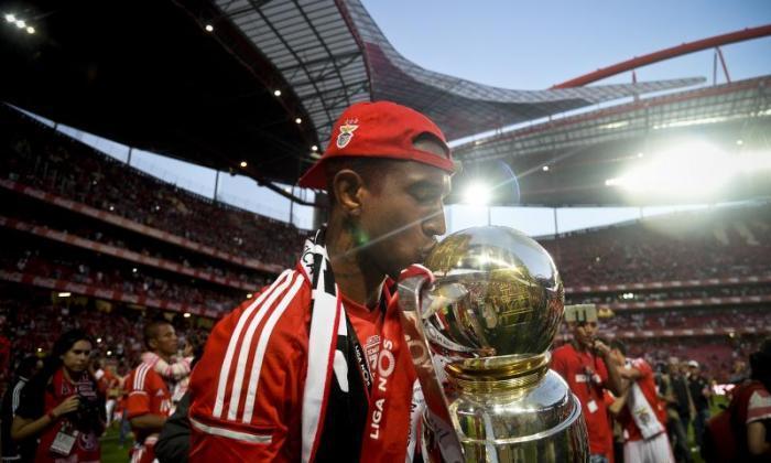 """切尔西在明星的Benfica没有""""讨论"""",索赔教练"""