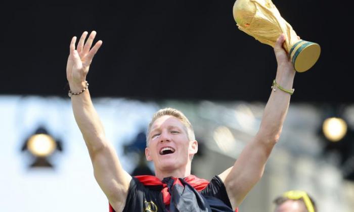 曼彻斯特联队转移更新:Bastian Schweinsteiger和摩根施奈德林完成