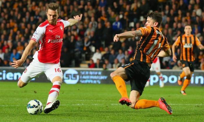 阿龙·拉姆齐亚伦·拉蒙斯(Arsenal Star)足以取代巴塞罗那的Xavi,说出来,说出来,说出来,说出来