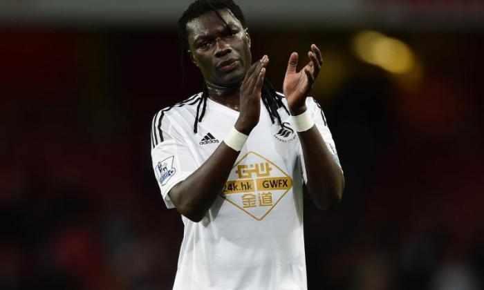 Strike Star Bafetimbi Gomis揭示了Swansea季节的不快乐
