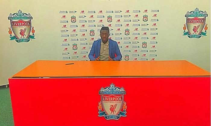 利物浦陆地巴塞罗那Starlet Bobby Adekanye