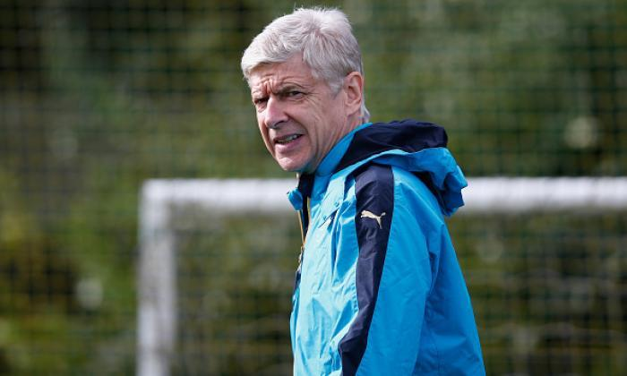 阿森纳FC新闻:Arsene Wenger在愤怒的新闻发布会上呼唤David Ospina'世界级'