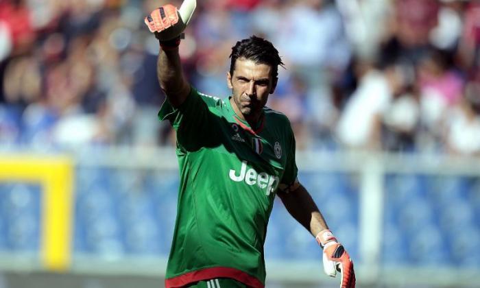 意大利和尤文图斯伟大的Gianluigi Buffon在最终职业之前的英超联赛咒语