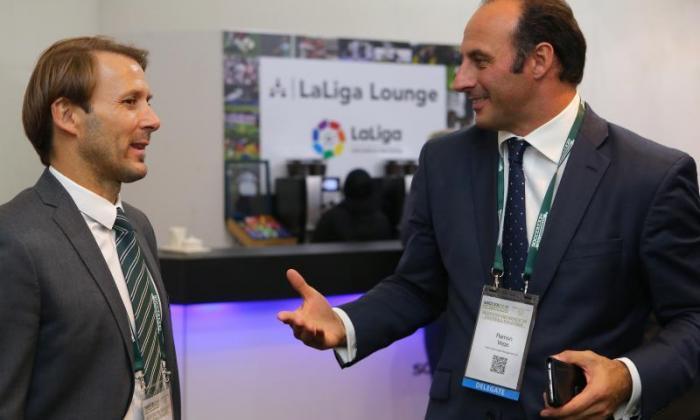 Ramon Vega为总统?前托特纳姆明星为什么可以成为危机击中国际足联的完美领导者