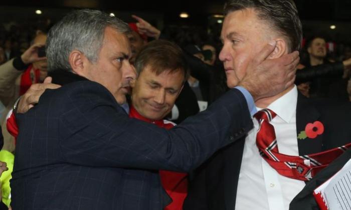 "Louis Van Gaal,Manuel Pellegrini和其他英超的联赛经理""震惊"",看Jose Mourinho离开切尔西"