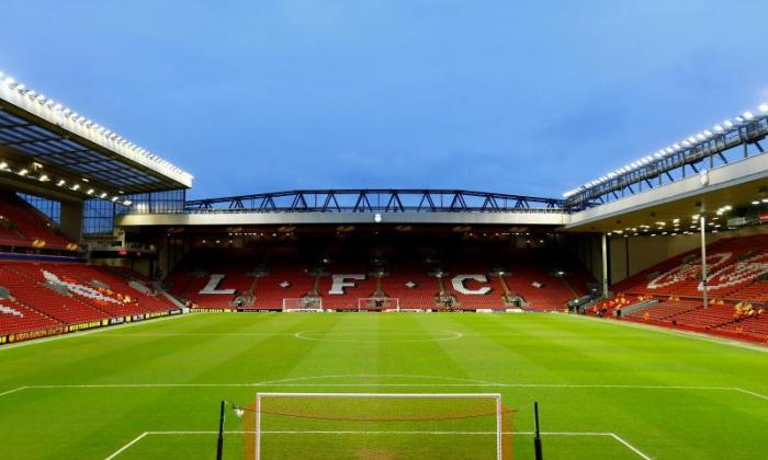 Liverpool的安菲尔德体育场在星期二下午'事件'后疏散
