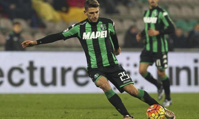 国际米兰竞争对手托特纳姆在赛中签署Sassuolo Striker Domenico Berardi